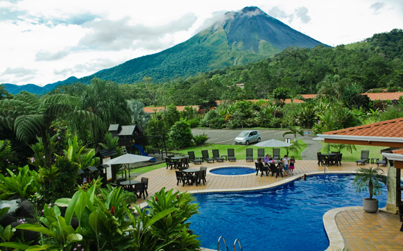 Volcano Lodge An Springs Has 65 Spacious And Comfortable Rooms With Two Double Beds A C Private Bathroom Hot Water