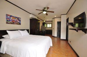 Hotel Colono Coco Beach with Bill Beard's