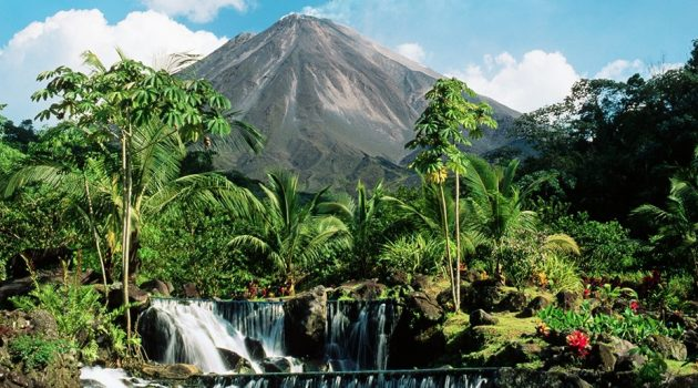 Tabacon Hot Springs and Arenal Volcano in Costa Rica